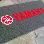 yamaha felpudo